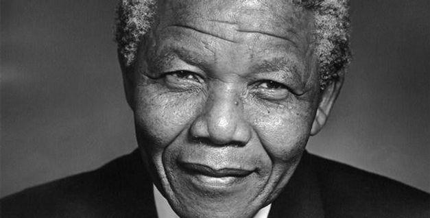 morre-o-ex-presidente-da-africa-do-sul-nelson-mandela_2